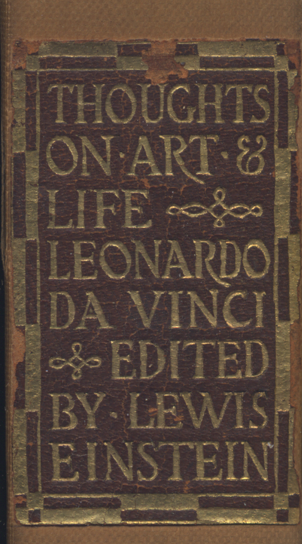 Label from spine of Thoughts on Art and Life by Leonardo da Vinci (Boston: The Merrymount Press, 1906). Lettering by T.M. Cleland.
