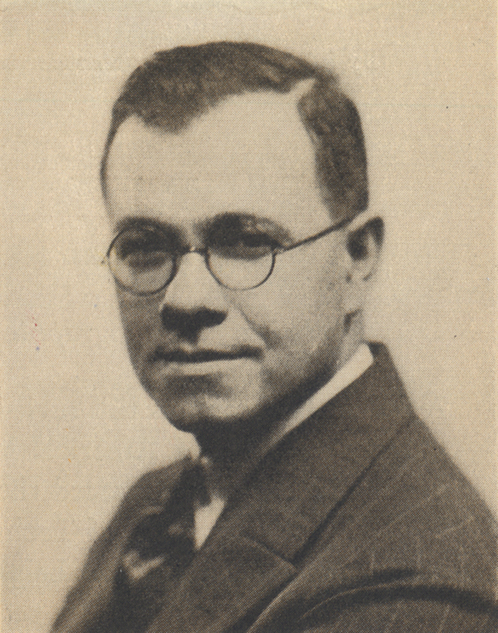Harry L. Gage, Assistant Director of Linotype Typography. From The Linotype Magazine (September 1927), p. 171.