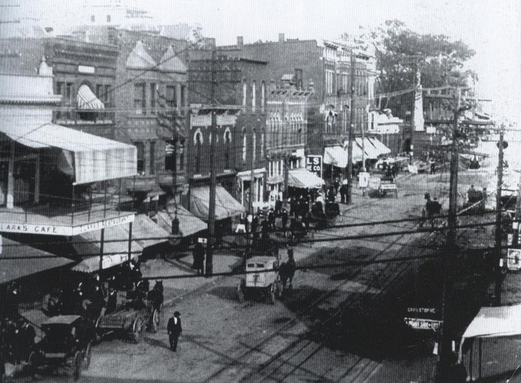 View of Wheeling Avenue, Cambridge (1907). From Images of America.