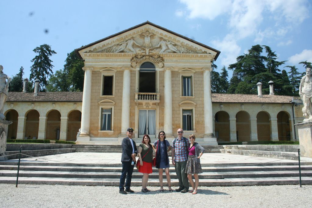 LL2013 participants (Dennis Ichiyama, Judith Mayer, Alta Price, David Wolske and Lauren Huber) posing in front of the Villa Maser. Photograph by Paul Shaw, 2013.