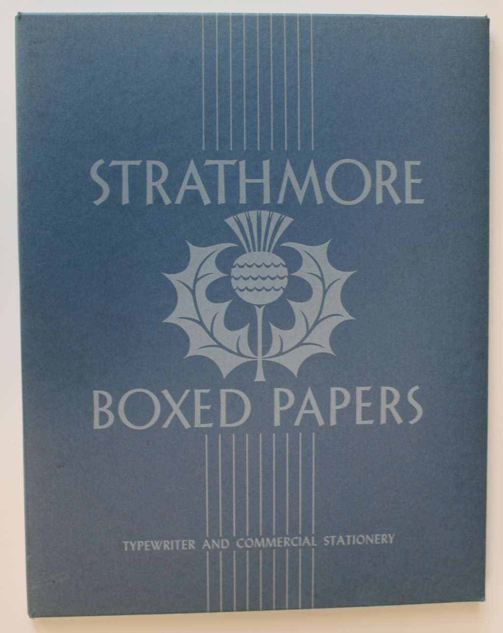 Strathmore Boxed Papers (c.1945). Design by Cornelia Hoff.