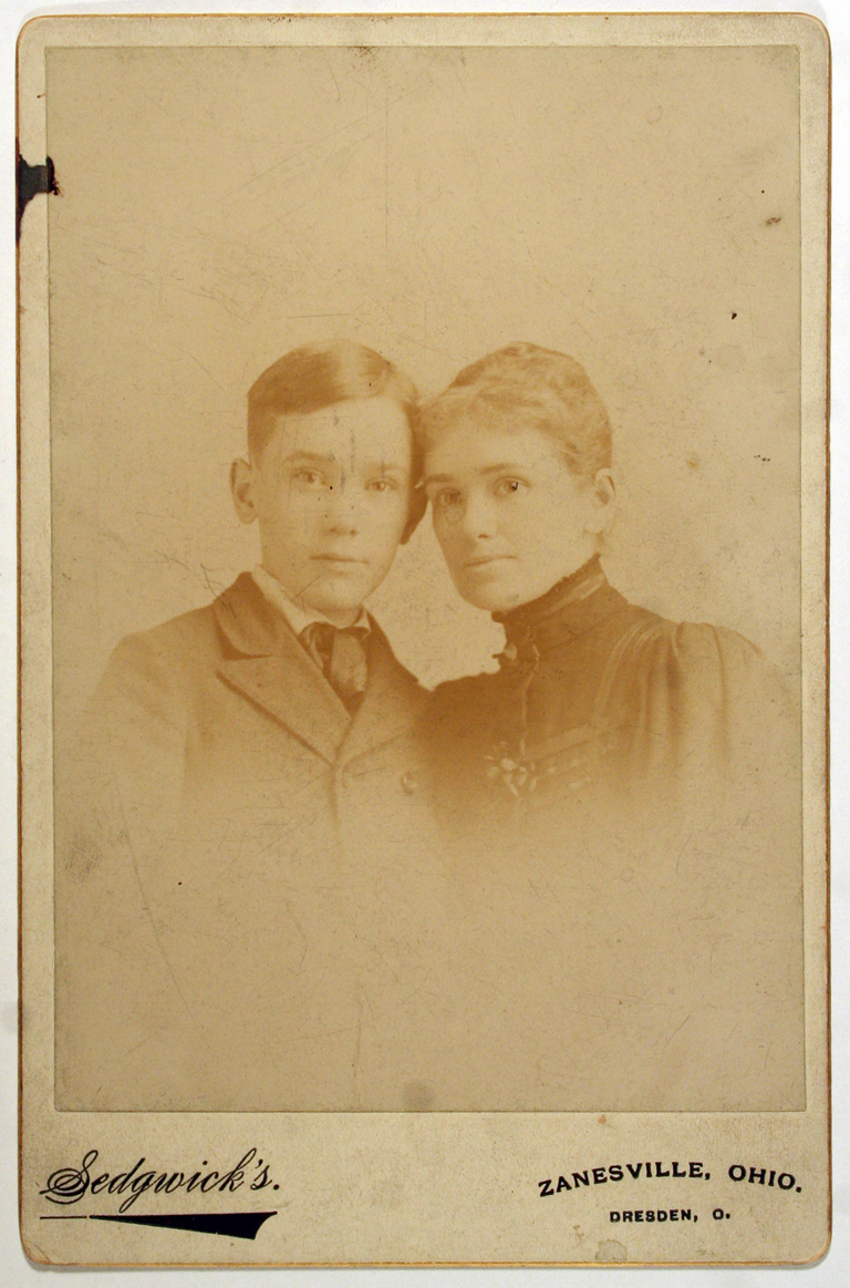 W.A. Dwiggins with his mother Eva (January 16, 1891). Photograph by H.M. Sedgwick (Zanesville, Ohio).
