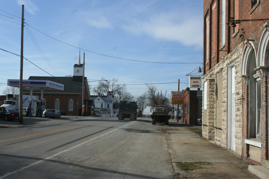 Main Street (looking west), Martinsville, Ohio (2006). Photograph by Paul Shaw.
