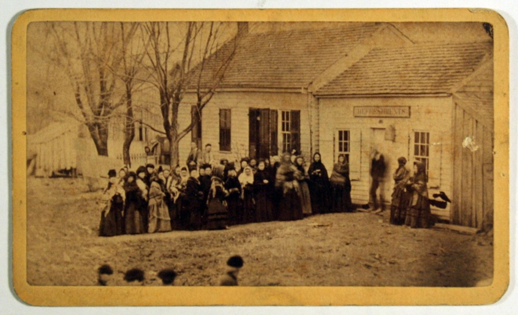 Temperance crusade in front of the Dead Saloon, New Vienna, Ohio (1874). Photographer unknown. Courtesy Special Collections, Boston Public Library.
